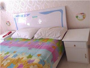 宽1.5×长2.0的床,加床头,棕垫,1000元上门自提!瓜州新州天府小区内,装修时木匠打的床,全新...