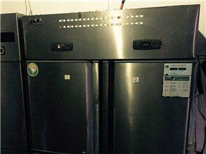 厨房设备、空调、桌椅等低价出售