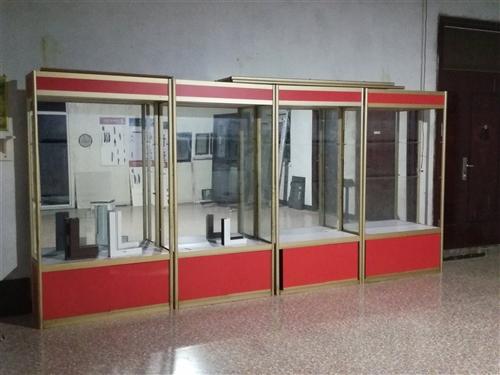 精品钛镁合金玻璃货架便宜处理!每节货架都有三层玻璃架,烟酒、电器、化妆品都可使用,有意者电话联系,1...