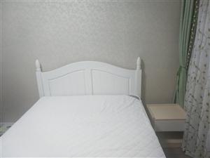 全新实木床,带床垫