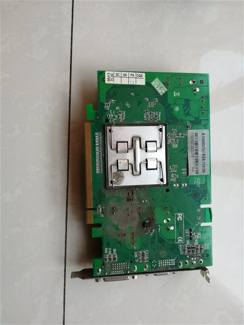 家用台式电脑显卡,1个风扇的好使,2个风扇的升完驱动就不好使了