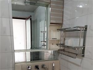 九成新的洗漱池,因为要重新装房,现低价出售,无任何破损,自提。