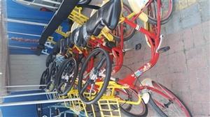 本人有事去外地,西广场自行车出兑,有意者电话联系15590304321