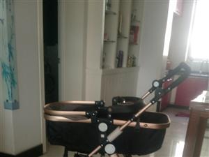 9成新贝丽可婴儿推车原价368,现价200元便宜出售,联系电话:18298972424。