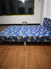 由于拆迁,多出一批多余空床,原价300多,现50一张甩卖,电话  13362113965
