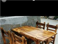 七八成新炭烧木桌椅低价出售