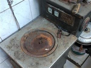 因改集體供暖現有節能采暖爐一個,鋼制扁管暖氣片兩組,一寸國標厚壁管若干低價出售,1318105638...