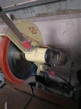 金王铝合金切割机6台。铝焊机2台