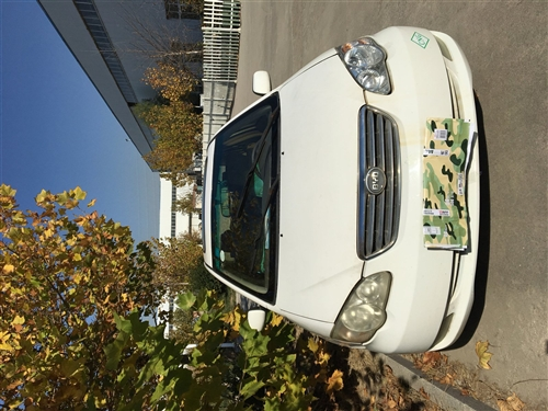 出售二手车,比亚迪F3高配,因购买新车,现出售自己一直开的车,09年12月份的车带气罐油气两用,无事...