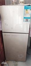 出售七成新家店冰箱,因本人不在这边了,有需要的宝宝可以联系还有全自动洗衣机,冷风机,电脑