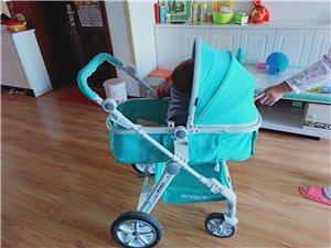 高景观婴儿车,能折叠,可换向。九成新,男女宝宝通用