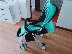九成新,生完宝宝盆友送的,基本没用过。可坐,可躺,可折叠,小巧轻便。男女宝宝都适用。