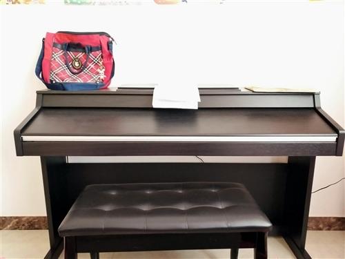 出售美得理电子钢琴和琴凳,去年女儿学钢琴的时候买的,后来她不想学了,一直放着,没怎么用过,9成新,联...