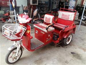 电动三轮车8一9成新 不含电池价,若要电池跟具容量面议
