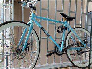 自用自行车,冰箱,洗衣机,沙发出售,7成左右新,平时都比较爱护,低价出售,有意者电话联系。