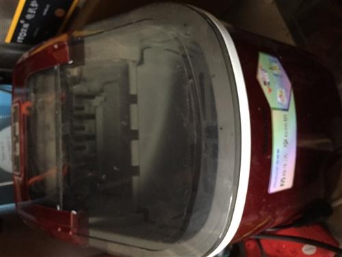 出售一台小型制冰机,三分钟成冰