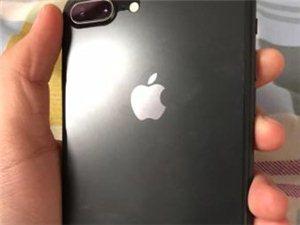 苹果8plue  64G,    个人多余手机,想出手,有意者联系我。