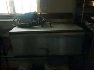 出售二手烘焙设备:得宝烤箱(一层两盘,燃气),单门醒箱,恒联和面机(2.0)电炸锅,有意者电话咨询!...