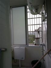 要出租房屋  本人要出租一小对门(东门塔下)四楼60多平米的房子,家具齐全,有洗衣机,冰箱,彩电...