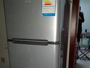 海尔旗下惠康牌冰箱。