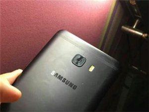 三星GalaxyC9pro,一切完好,正常使用。1200自取,参数请自己百度。