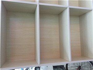 实木书柜,纯手工打造,美观结实,不占空间,可做书柜,也可做家庭置物柜,高170,宽120,书店书架多...