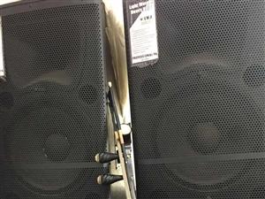雅马哈舞台专业音响,双十五喇叭,九成新,效果好!急转,有意者联系我。价格面议。15237448801