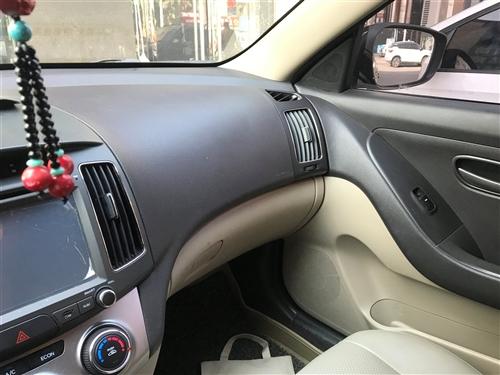 出售现代悦动一辆15年的车新车完税10万,6万公里了保险验车明年4月,个人一手车没有任何事故,4万多...