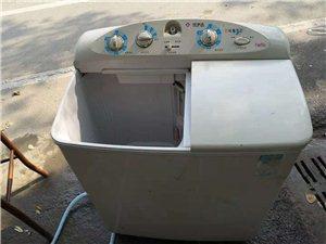 双桶洗衣机,洗刷有劲,没有任何问题,出售价280
