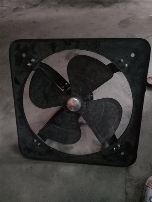 大风力厨房排风扇卖来一百多还没用过不和用现在卖掉65块需要老板来电15595928776