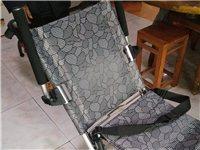 轻巧轮椅。轻巧方便,九成新。低价转让