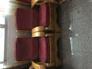 实木木凳沙发,在用20年没问题,租房可用,老家可用,价格面议