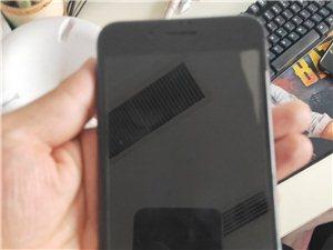 黑色8p,国行64g,九九成新,用了不到一年,现在想换8x,一直都是自用很爱惜,有需要的联系。
