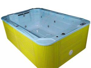 低价转让游泳池及设备、价格面议。可以实地查看!