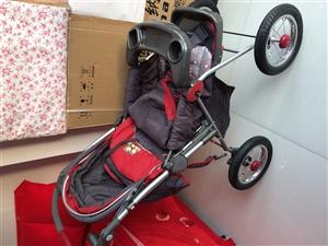 此儿童车没怎么用孩子就大了,用不着了,自取固安中宏新界