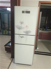 新飞三开门冰箱,249L