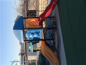 幼儿园低价转让桌椅 游乐设施 玩具 餐具 消毒柜 音响设施联系电话 13314216669 1894...