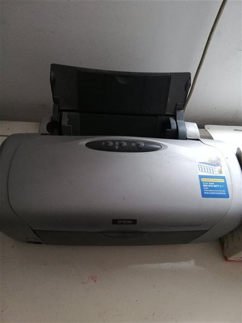 出售打印機一臺,九成新,還未裝共墨系統,價格面議,非誠勿擾!