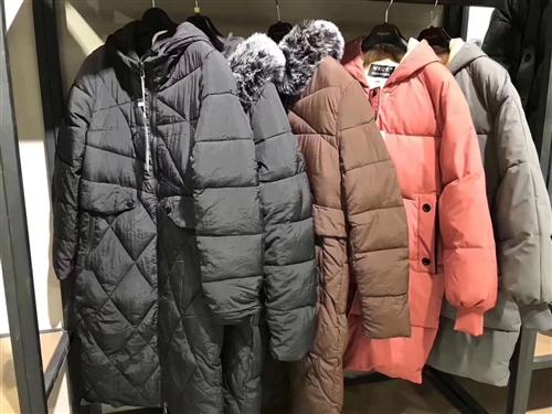 爆款棉服,多款式混批,100件起¥48