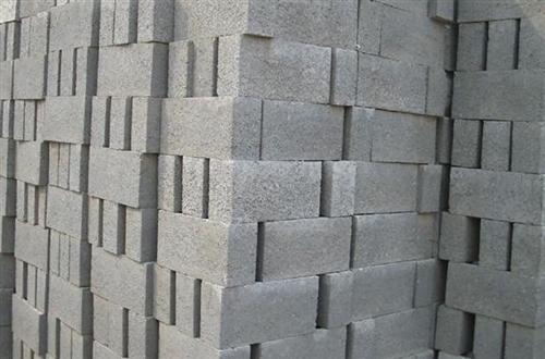 水泥砖6000块,拉到家0.35元,只限涞水