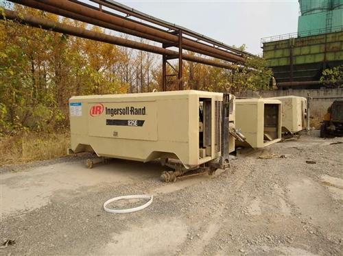 英格索兰160千瓦双螺杆电动螺杆机:3台