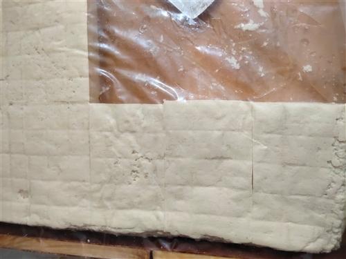 大量出售豆腐渣子,自己家做的豆腐出售一手豆腐渣