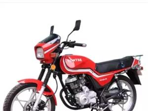 图片款式的烂摩托。无手续的。便宜卖800。要的速度。