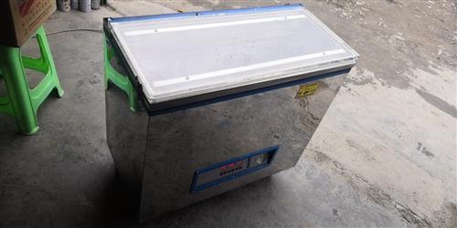 家用真空包装机低价出售,原价3280.00元,因为工作转行,需要直接联系