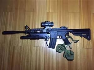水弹玩具枪,原来想搞拓展训练用后来一直没弄成,一手闲置,去年六月份九成新,原价两百多现在只要几十,而...