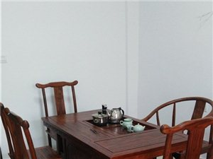 九成新泡茶桌+五把椅子