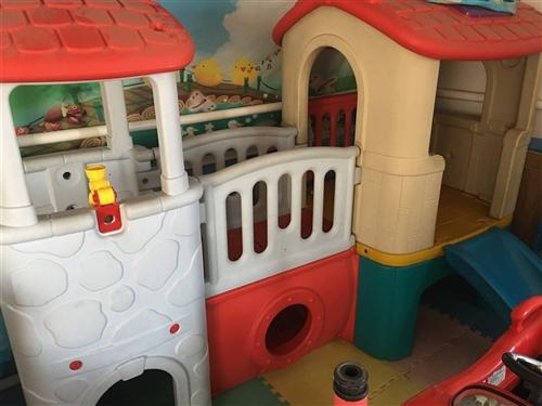 低价出售 幼儿园 桌椅 滑梯 床 游乐设施 等部分玩具 13314216669 133589366...