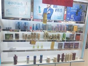 化妆品专柜5组   欧式白漆九成新  现低价出售
