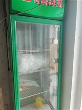饭店,超市用立式冷柜,价格便宜,另外还有饭店二手用品……都处理价。要的联系