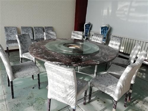 出售沙发  餐桌  实木家具  厨房用品  空调(杨子,海尔,5匹)高低床7张  所有物品低价处理